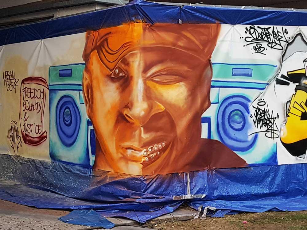 Graffiti portret Just Ice & Mantronix  @ Urban Matterz Festival, Helmond (Sven Bakker)